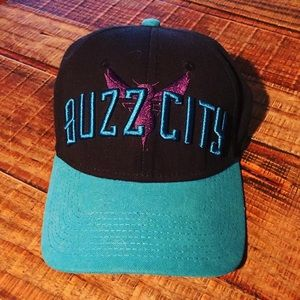 2016 Charlotte Hornets Fitted Cap